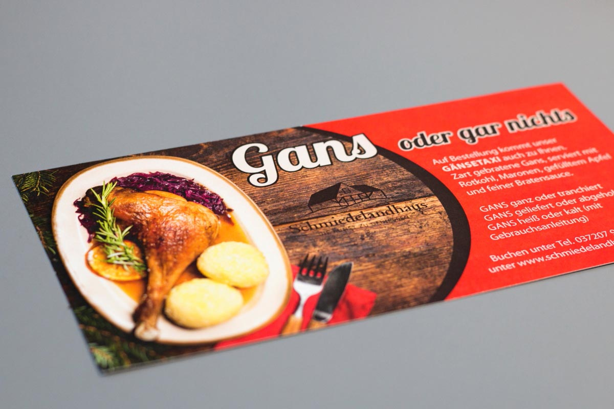 Gestaltung und Druck Flyer Karte für Schmiedelandhaus Greifendorf, DIN lang, Recyclingkarton 300g