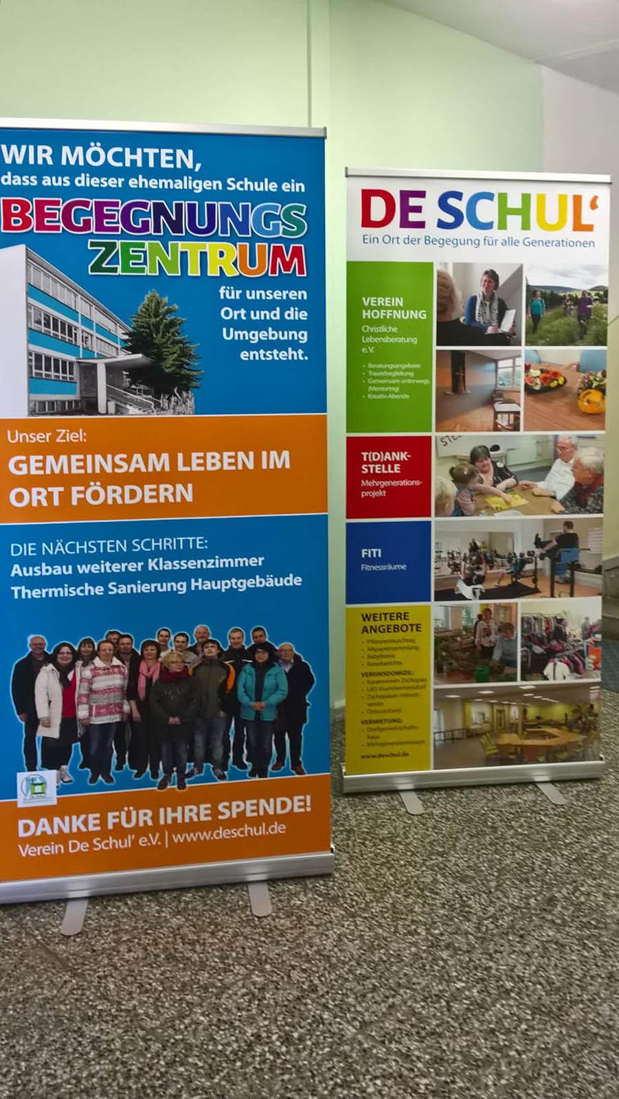 Banner Rollup für Begegnungszentrum De Schul'