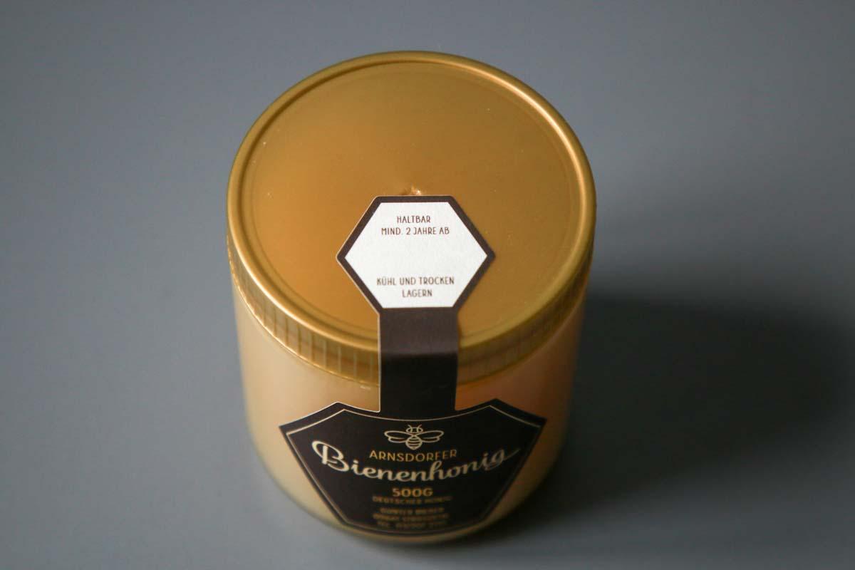Etikett Bienenhonig sechseckig mit Gewährverschluss